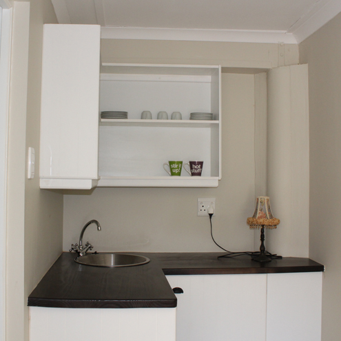 Flatlet kitchenette